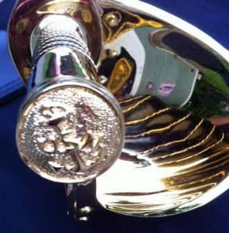 Gold Cutlass - Spanish